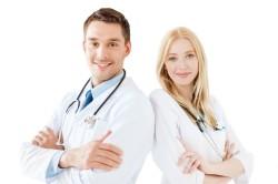 Обращение к стоматологу при появлении флюса