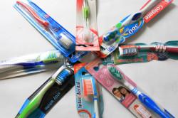 Правильный выбор зубных щеток